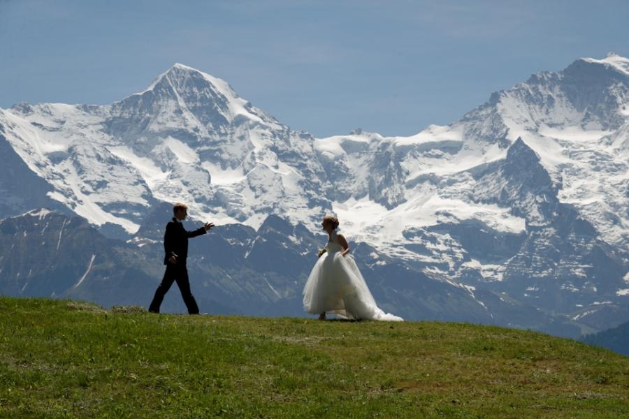 Switzerland Alps Pre Wedding Portraits
