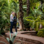 couple kissing in majorelle garden